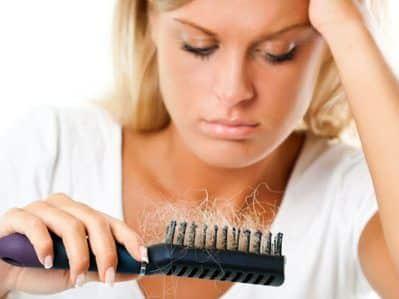 Seasonal Hair Loss and Alopecia - Caída de Cabello Estacional y Alopecia